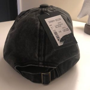 David and Young Accessories - Black Dog Mom Hat